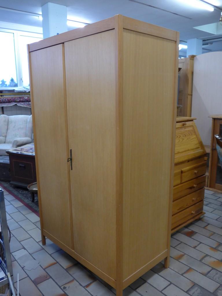 149 39 041 2 t riger schrank im brockishop am 26 februar. Black Bedroom Furniture Sets. Home Design Ideas