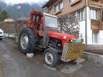 Adelboden/489818/169534---massey-ferguson---be-1092 (169'534) - Massey-Ferguson - BE 1092 - am 27. März 2016 in Adelboden, Mühleport