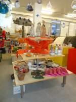 Thun/283886/136645---weihnachtsverkauf-2011-im-brockishop (136'645) - Weihnachtsverkauf 2011 im BrockiShop am 26. Oktober 2011